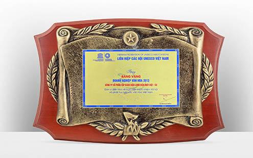 5 - Doanh nhan Unesco 2