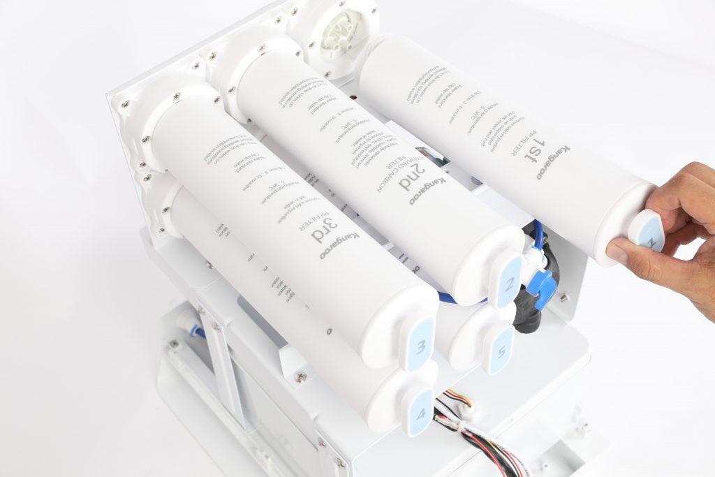 Thao tác thay lõi trên máy lọc nước Kangaroo Hydrogen LUX Series thế hệ mới